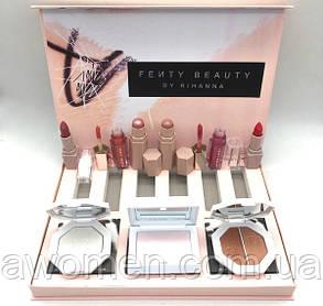 Набор FENTY BEAUTY BY RIHANNA High Light Lipstick Lip Gloss Bronzer Palette Set