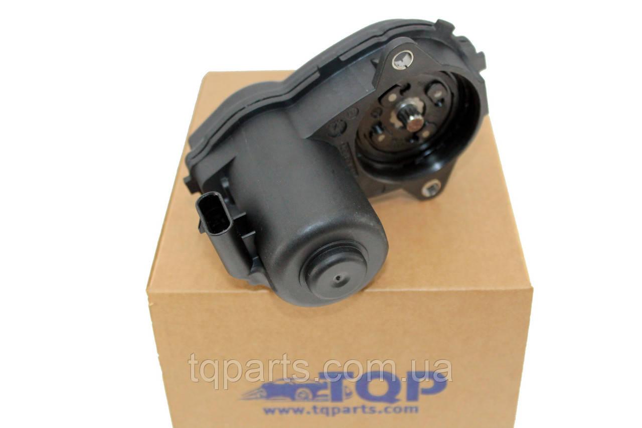 Мотор стояночного тормоза прав., Электромотор ручника A1729060300, Mercedes GLA-Class (X156) 14- (Мерседес ГЛА-Клас)