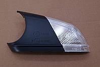 Повторитель поворота в зеркало Фольксваген Поло TYC - 33701423 (левый новый)