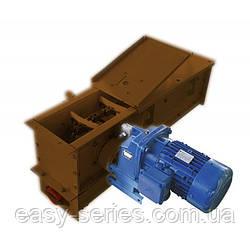 Скребковый конвейер 2 м в коробе 160 мм укомплектован мотор редуктором 0,37 кВт
