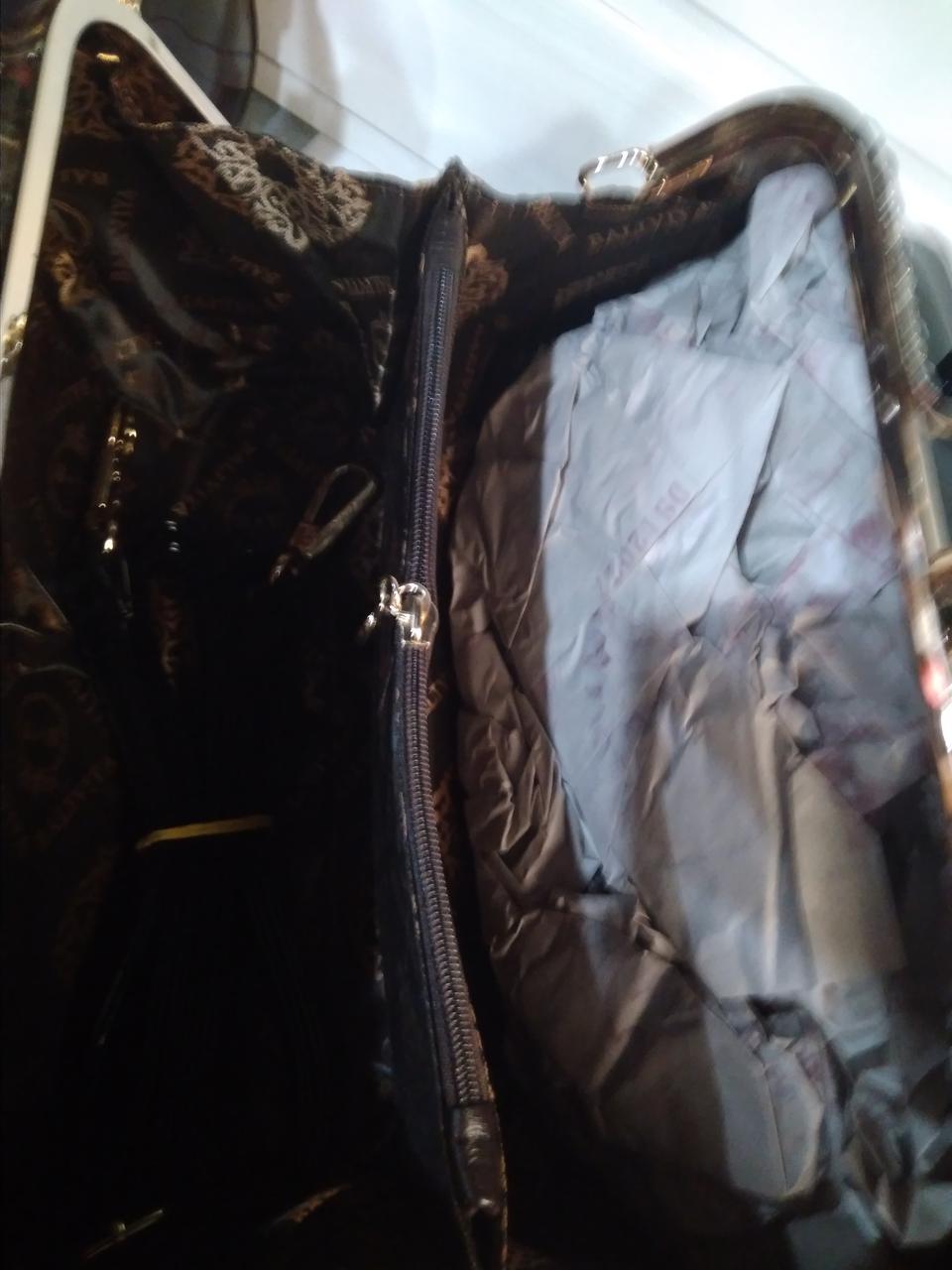 fb872ba45666 Замша Женская сумка с жестким каркасом внутри и застежкой типа
