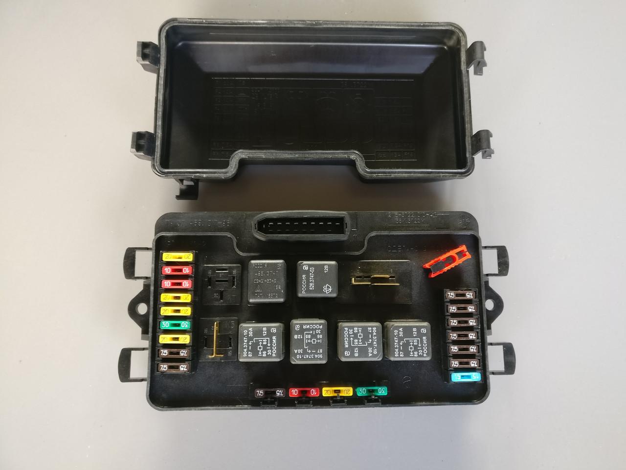 Блок предохранителей 2108 нового образца (евро) (2115-3722010-40) (монтажный блок)