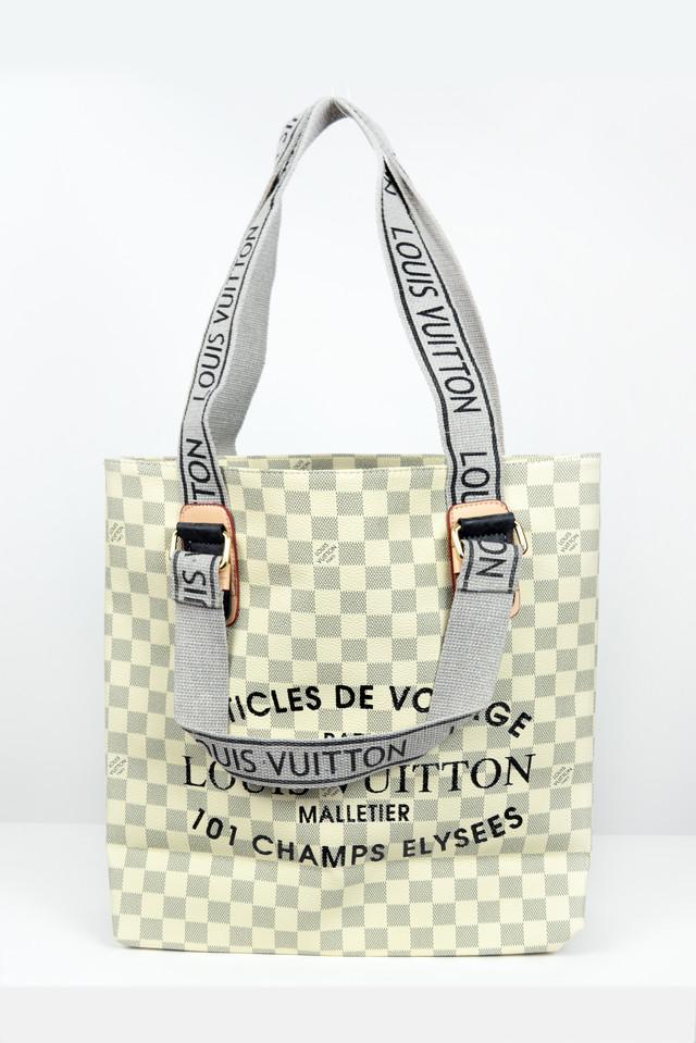de419e37957f Отличная большая сумка из высококачественной эко-кожи! Новая коллекция  весна-лето! Вместительная сумка нейтральных классических цветов.