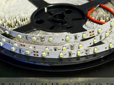 Светодиодная лента SMD 3528/60 12V белая теплая 3000K IP20 Код.52397