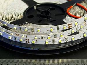 Світлодіодна стрічка SMD 3528/60 12V біла тепла 3000K IP20 Код.52397