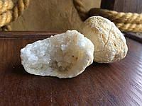 Халцедон жеода Белый халцедон в жеодах, фото 1