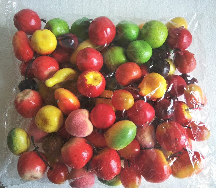 Ассорти декоративных фруктов