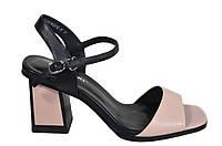 Стильные босоножки на каблуке Magnori