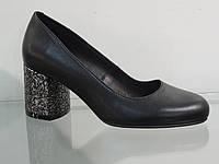 Элегантные женские туфли кожаные натуральные на модном каблуке, фото 1