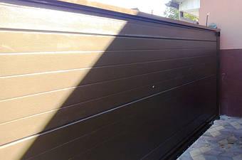 Цвет алюминиевыех откатных ворот Алютех и рамы изнутри: коричневый RAL 8014
