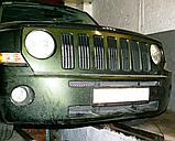 Декоративно-защитная сетка радиатора Jeep Patriot фальшрадиаторная решетка, бампер, фото 4