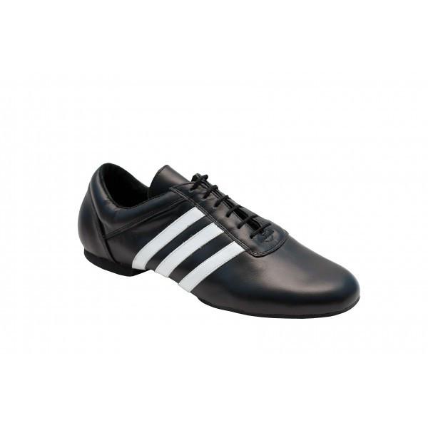 Туфли для современных танцев джазовки.