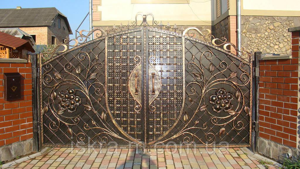 Ворота распашные кованые - ИСКРА-М в Киеве