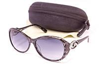 Cолнцезащитные очки в футляре