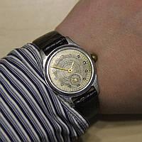 Нева винтажные наручные механические часы СССР