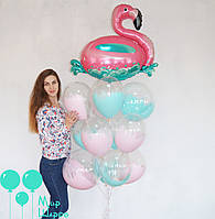 Фонтан с фламинго и прозрачными шарами с краской