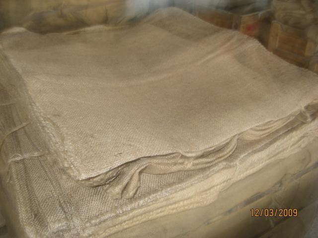 Джутовые мешки - оригинальный упаковочный вариант