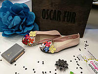 Кожаные балетки бежевого цвета с цветами, фото 1