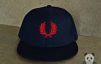 Кепка, cнепбек Fred Perry, фред пери, красный  логотип (темно-синий), Реплика