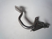 Кронштейн крышки багажника ВАЗ 2170 (Приора) правый (пр-во АвтоВАЗ)