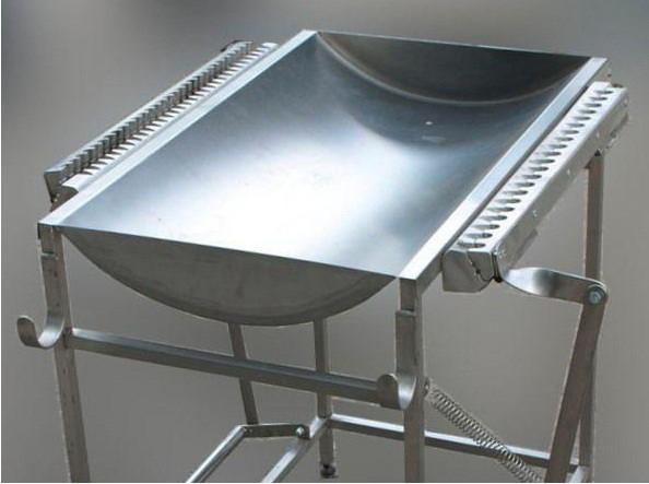 Столы для нанизывания рыбы