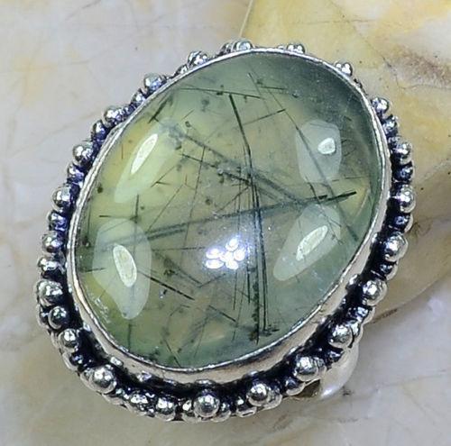 Красивое кольцо с натуральным камнем пренит в серебре 18 размер Индия