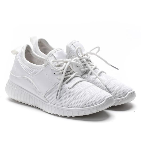 Кроссовки очень комфортные для повседневной носки, от польского производителя