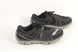 Мужские кроссовки BROOKS  размер 39/40