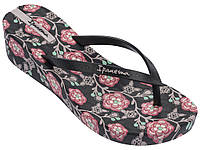 Женские вьетнамки на платформе Ipanema Floral Plat Black/Pink 82284-22267