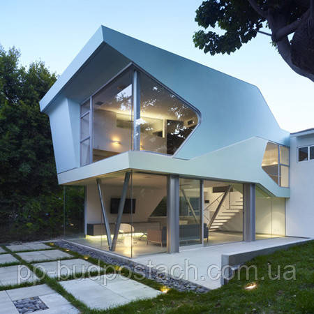 фасад дома в стиле хайтек