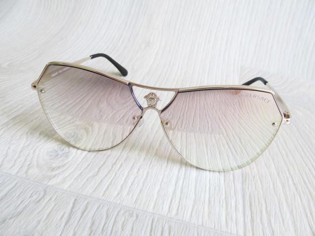 83c2a84fe938 Модные солнцезащитные зеркальные очки реплика Версаче, цена 210 грн ...