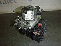 Блок АБС (1,9 TDI ) Volkswagen Caddy III 04-10 (Фольксваген Кадди), 2K0614117A