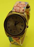 """Наручные часы в винтажном стиле на цветастом ремешке """"Ремулен"""""""