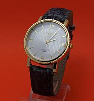 """Женские наручные часы с золотым корпусом и черным ремешком """"Эвника"""""""