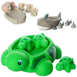 Круги, игрушки для купания, пищалки