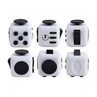 Игрушка антистресс кубик с кнопками Белый с черными кнопками ( супер игрушки )