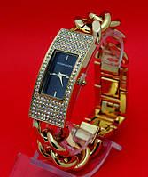"""Наручные часы на металлическом браслете """"Редленд стразы"""", золото"""