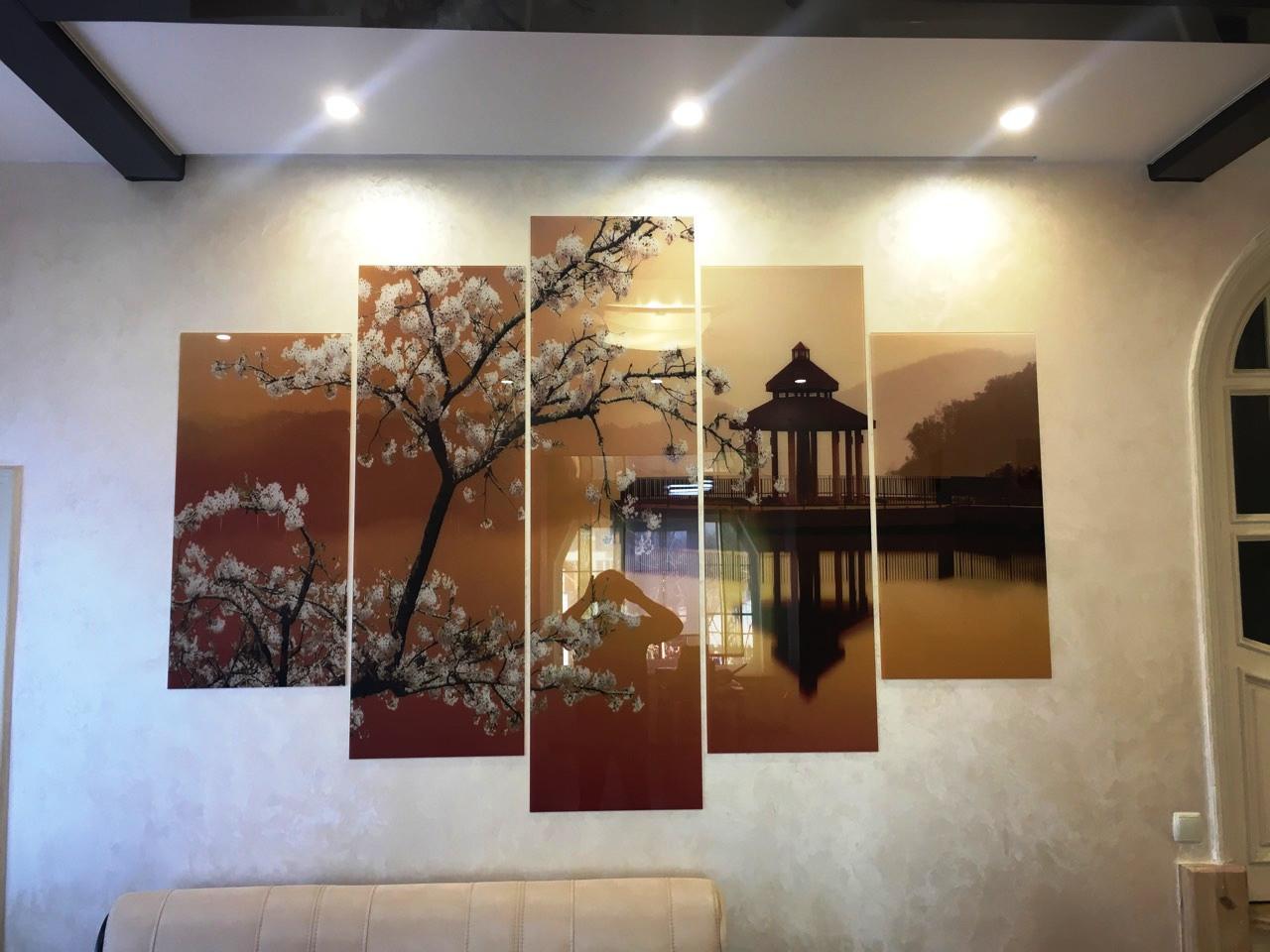 Картина модульная из стекла - 5 частей - сакура на озере