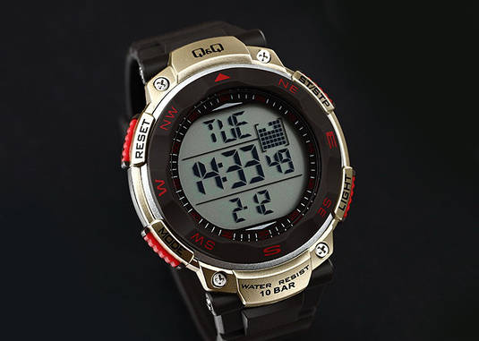 Часы Q Q M124-004   Японские наручные часы   Кью энд кью   Кью кью ... 774ae6847d0