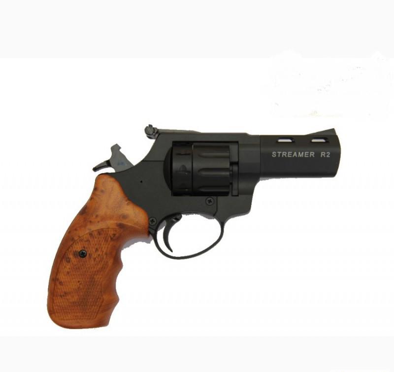 Револьвер под патрон Флобера Streamer R2 black пластик под дерево