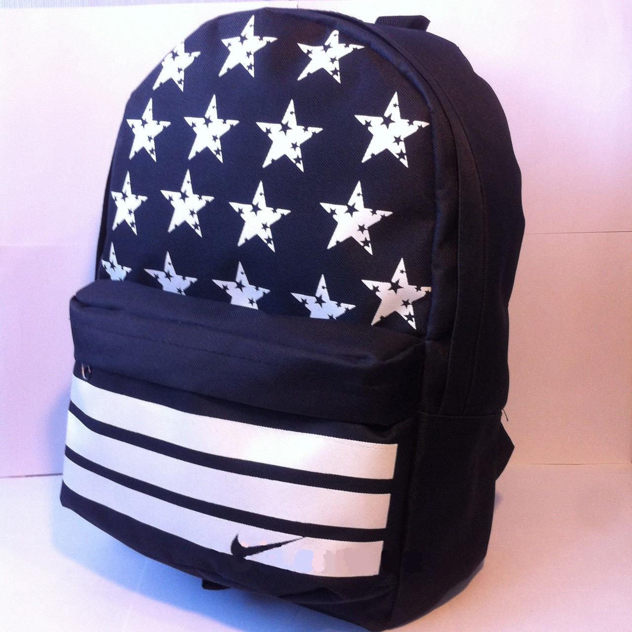 Рюкзак Nike Найк, влагостойкая ткань, городской, спортивная сумка, портфель, черный со звездами