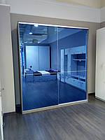 Шкаф-купе, синее зеркало с рисунком