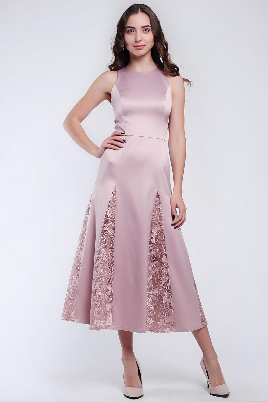 Красивое женское платье длиной миди