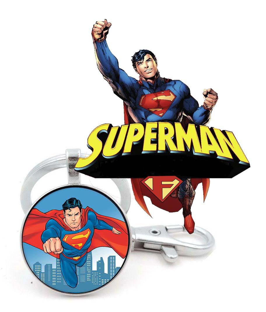 Брелок летящий Супермен Superman DC комиксы