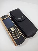 Мобильный телефон VERTU SIGNATURE S DESIGN в золотом цвете