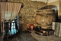 Винный дизайн.Дубовые, 100летние винные бочки.