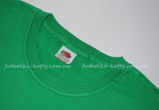 Ярко-зелёная мужская футболка плотная мягкая