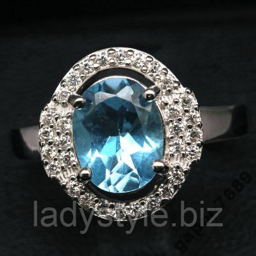 Серебряный перстень с голубым топазом, размер 17,4