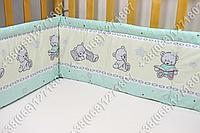 Бортики в детскую кроватку защита со съемными чехлами Мишка игрушки салатовый