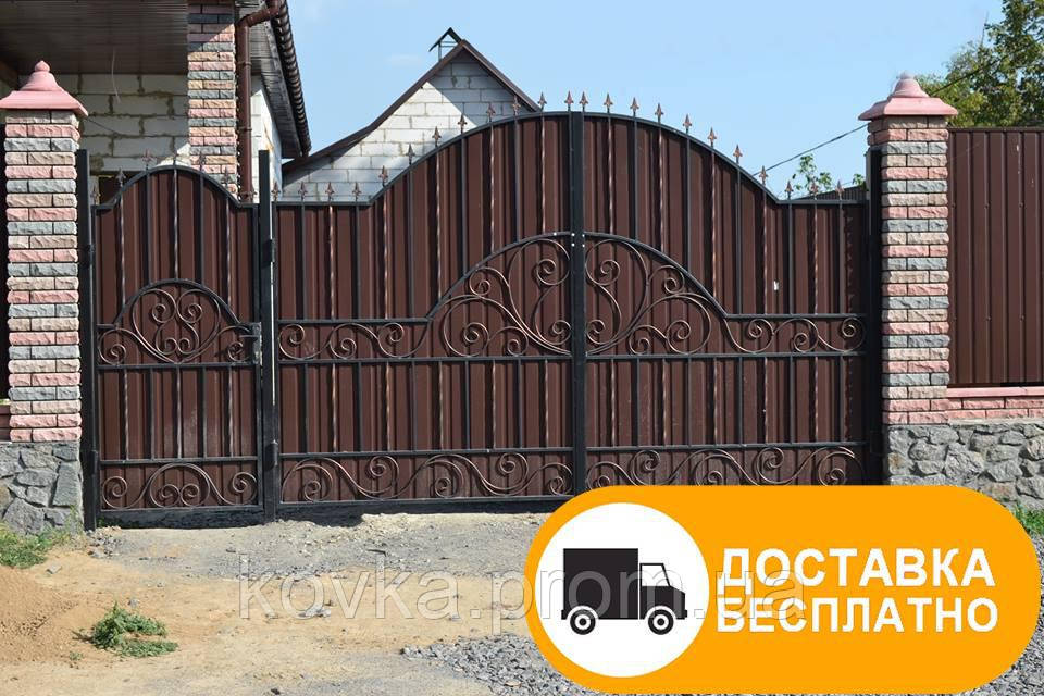 Кованые ворота с калиткой из профнастилом, код: Р-0157